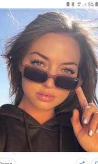 Quay strange love sunglasses in brown