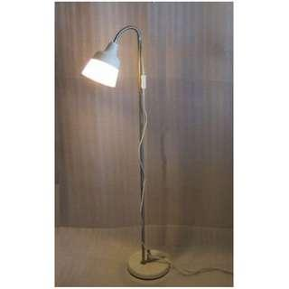 ~~~  USED  Standing LamP   (NO BULB) $$18   ~~~