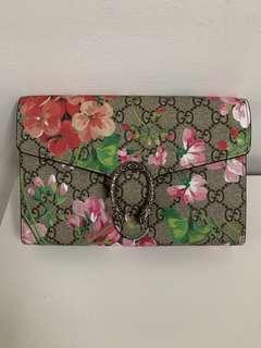 Gucci Wallet on Chain Dionysus Blooms