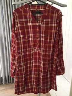 🚚 ROOTS紅色格紋洋裝