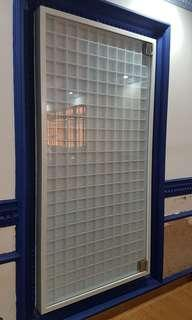 Display cabinet for Lego