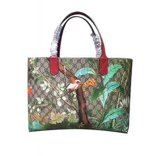 Gucci Women's Tian Patterned GG Supreme Canvas Large Shopping Tote Red