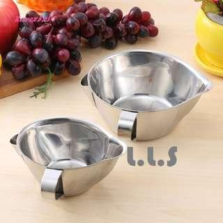 🚚 Stainless Steel Gravy Oil Soup Separator Grease Filter Strainer Kitchen Tool (KC1133) Singapore Seller + 100% Authentic