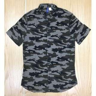 Divided By H&M S/Sleeve Army Camouflage Shirt Used