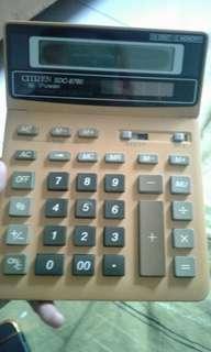 Calculator elektronik