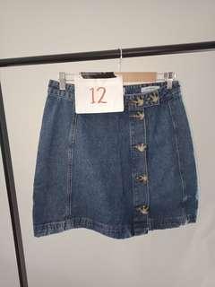 Size 12 seed denim skirt