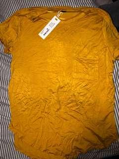 COTTON ON mustard tee