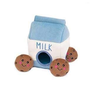 ZippyPaws Zippy Burrow - Milk and Cookies