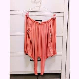 🚚 Cotton On off shoulder top in coral peach pink
