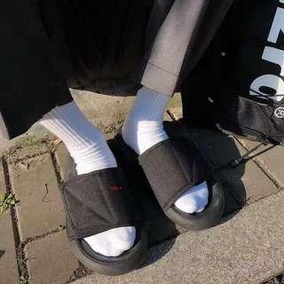 PO: Yeezy Season Style Slides *Black*