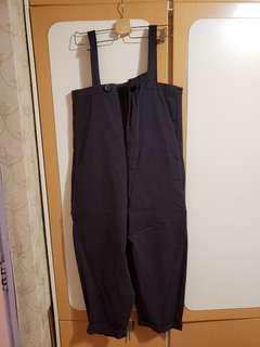 灰黑色連身褲
