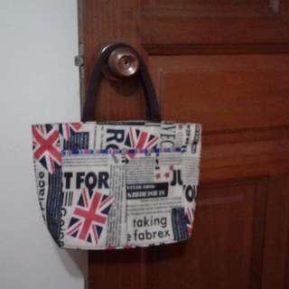 small handbag $8