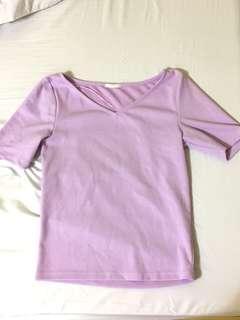 GU紫色上衣