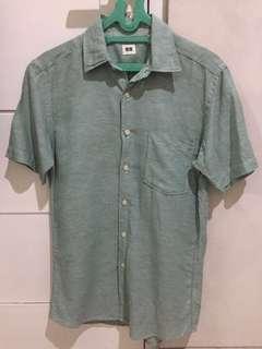 Uniqlo Shirt (Man)