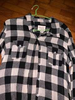 Forever 21 black and white flannel