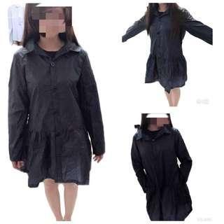 🚚 造型防水雨衣/可當風衣/半身連身造型洋裝雨風衣