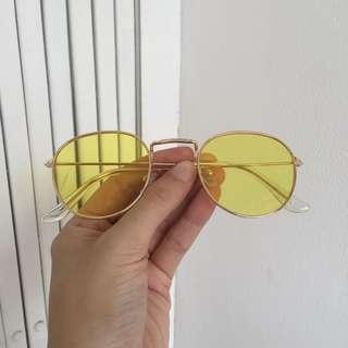 Yellow Sunglasses/kacamata kekinian