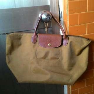 🚚 正版Longchamp摺疊包短把M