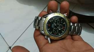 Dijual cepat, omega seamaster co-axial cronometer planet ocean