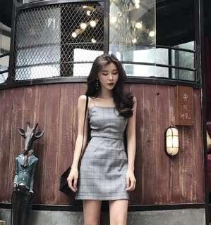 🚚 Grid Open Back Dress