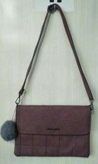 Sling Bag (Maroon)