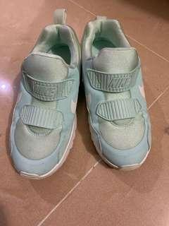 Nike 兒童波鞋 35