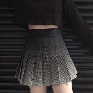 Black Gradient Pleated Tennis Skirt