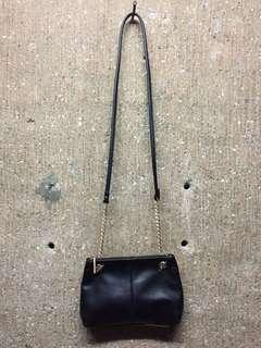 H&M SMALL CHAIN SLING BAG