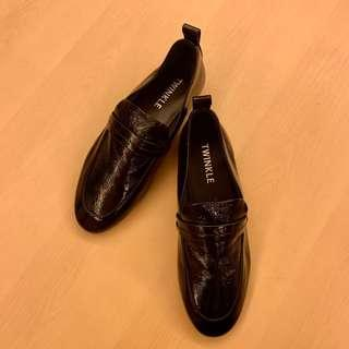 韓款黑色漆皮牛津鞋 black patent flats/slip on/brogue shoes/Oxford shoes