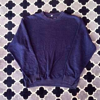 Uniqlo Sweatshirt Dark Blue