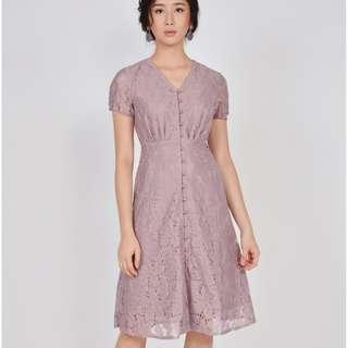 Her Velvet Vase HVV - Lumiere Lace Midi Dress - Mauve - Size S