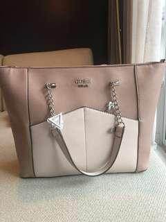 85$ Brand new guess tote