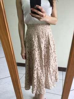 🚚 杏色蕾絲長裙