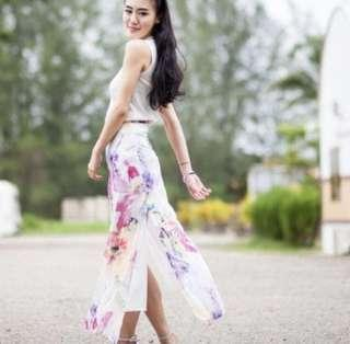 BN floral flare skirt with slit