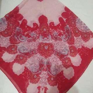 民族風紅色正方形圍巾 #photosup