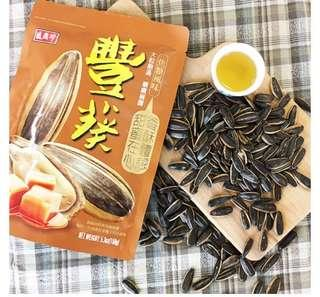 🚚 Taiwan Kuaci, Triko Foods Sunflower seed, Caramel flavor (盛香珍 豐葵焦糖瓜子)