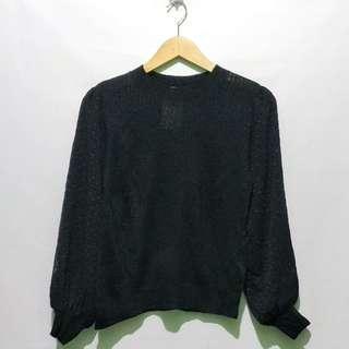 Knit Sweater Hitam