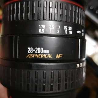 🚚 鏡頭 sigma 28 200mm for minolta a sony 含後蓋。無前蓋