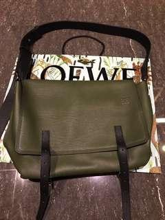 Selling Loewe Military Messenger XL