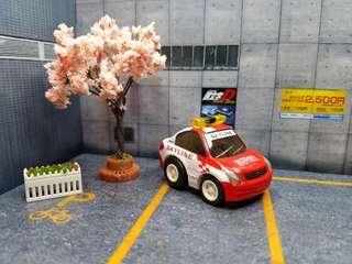Choro Q Nissan safety car