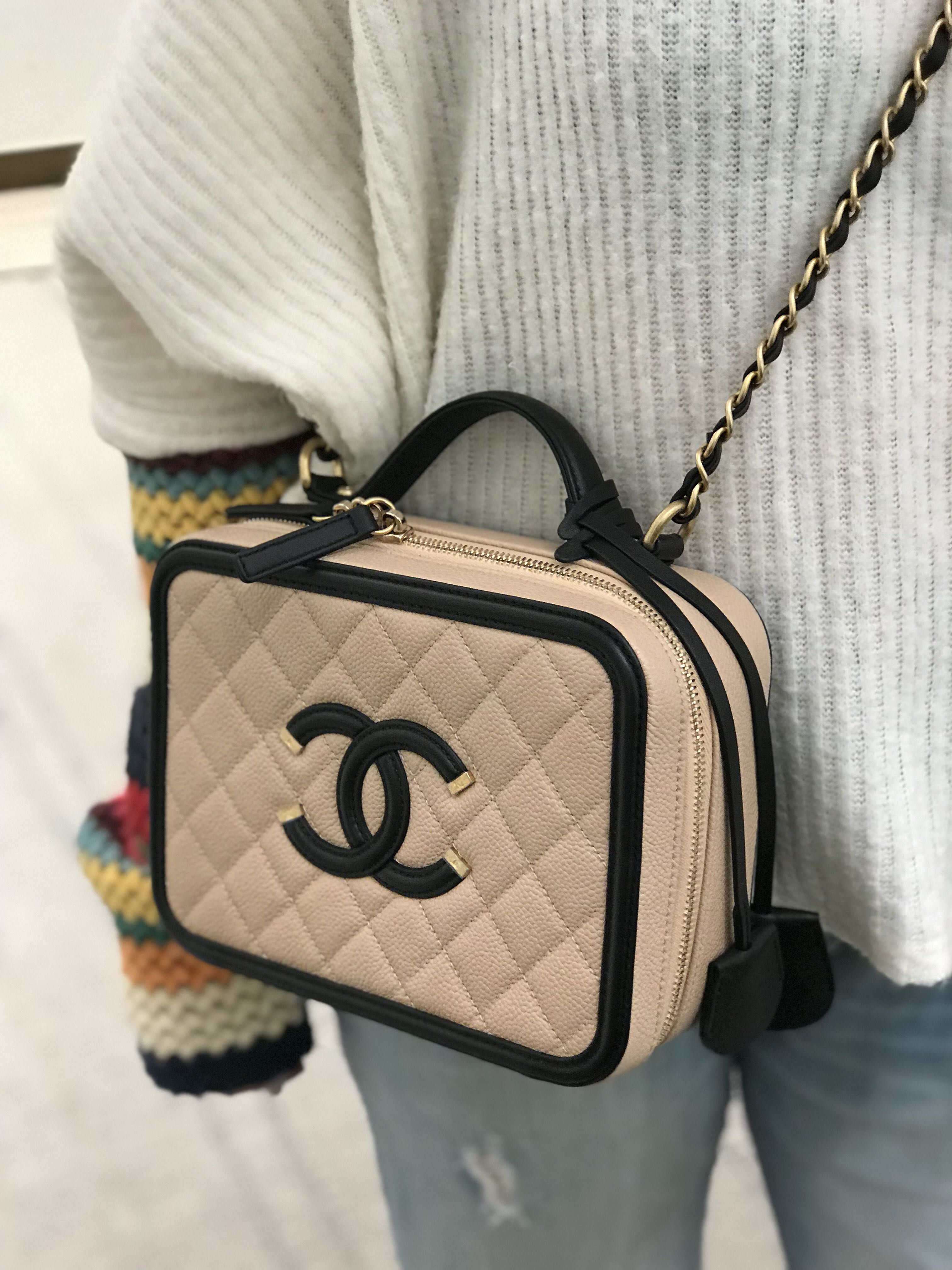0598b6c901a7d7 CHANEL Caviar Quilted Large CC Filigree Vanity Case Beige Black, Women's  Fashion, Bags & Wallets, Sling Bags on Carousell