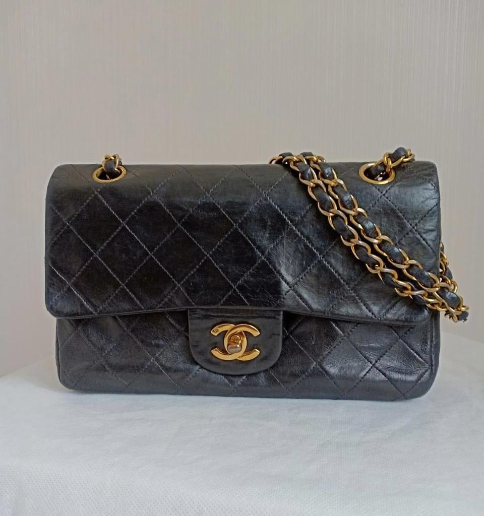fa693870df93 Chanel Small Black Lambskin GHW #4 with Holo only (23x14cm), Luxury ...