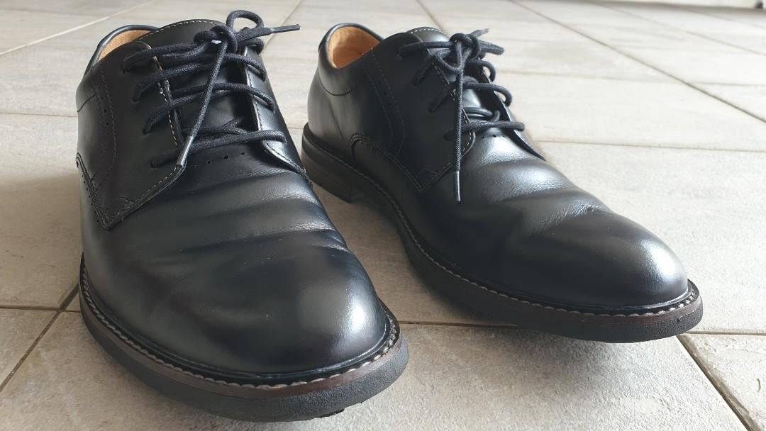 Further price reduction* CLARKS black