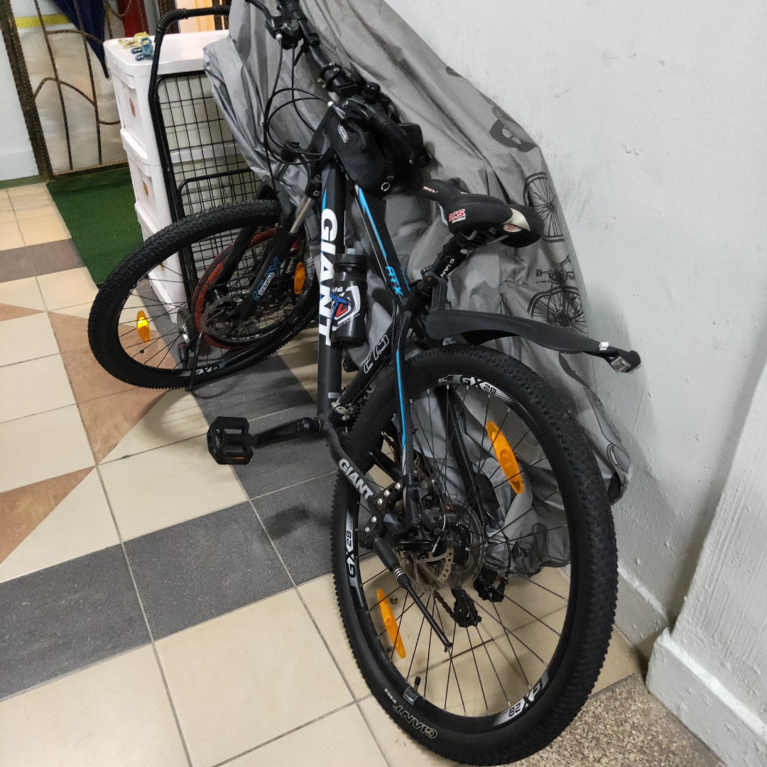 9f0fdd9c2f6 Giant Mountain Bicycle, Bicycles & PMDs, Bicycles, Mountain Bikes on ...