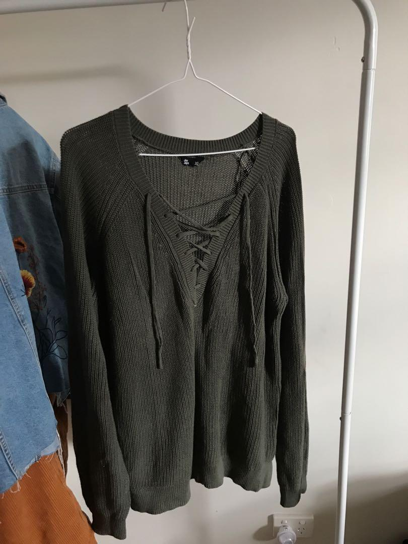 green oversized knitted jumper lace up front! size XL