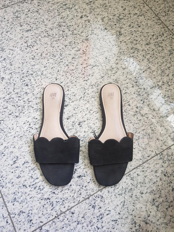 H and M slide Sandal
