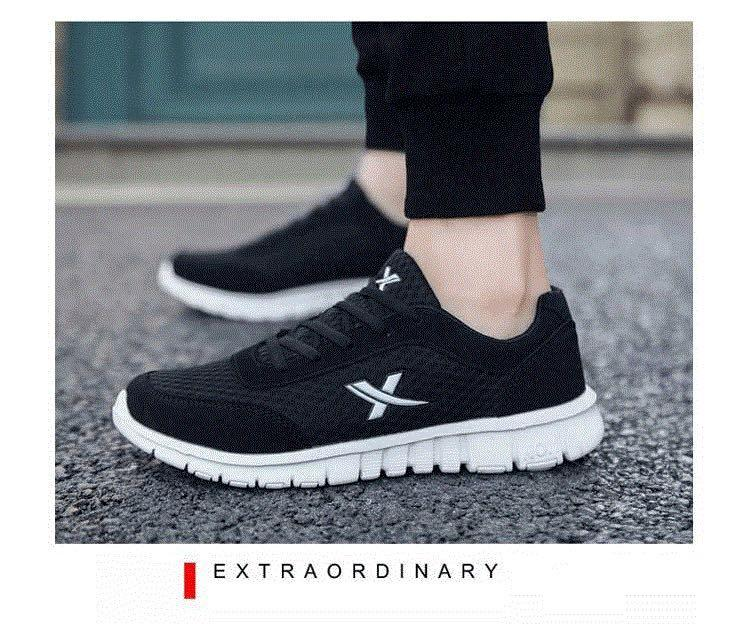 NEW 全新 防滑透氣網布黑白色波鞋 Slip Resistant Air mesh fabric Black White Sneakers