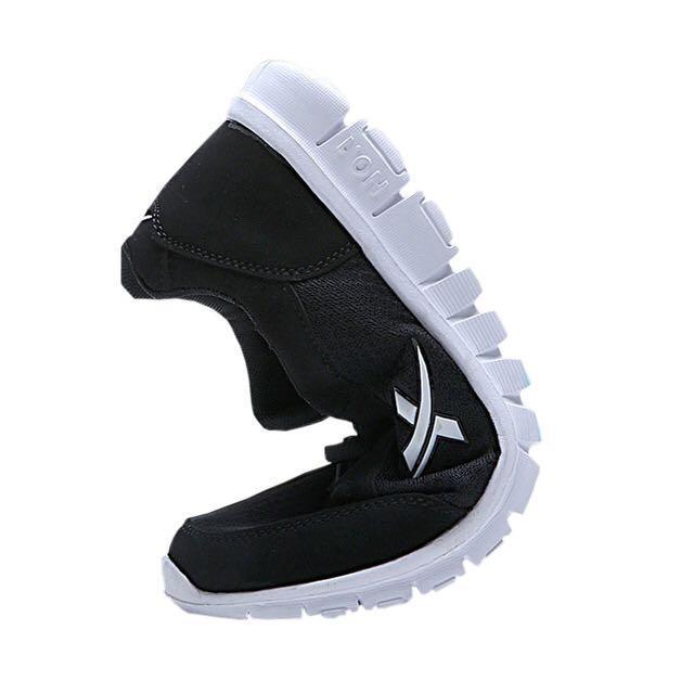 NEW 全新 防滑透氣網布灰藍色波鞋 Slip Resistant Air mesh fabric Grey Blue Sneakers