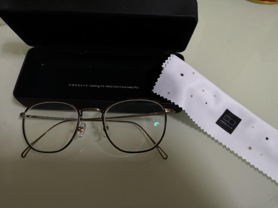 OWNDAYS Spectacles / glasses