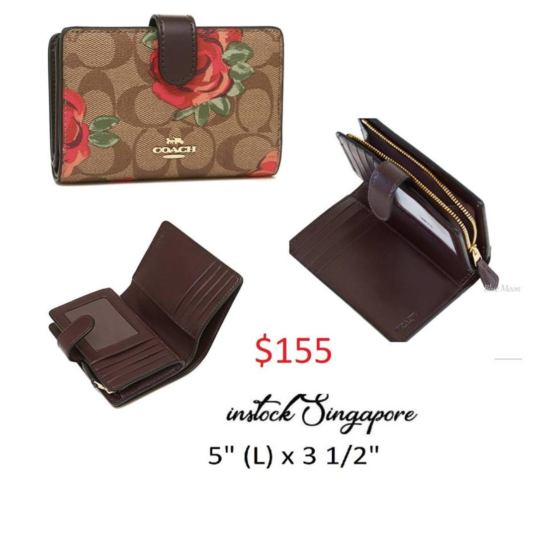 READY STOCK authentic new  MEDIUM CORNER ZIP WALLET IN SIGNATURE CANVAS WITH JUMBO FLORAL PRINT (COACH F39190)